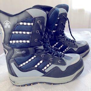 Kamik Graffiti boots Size 8